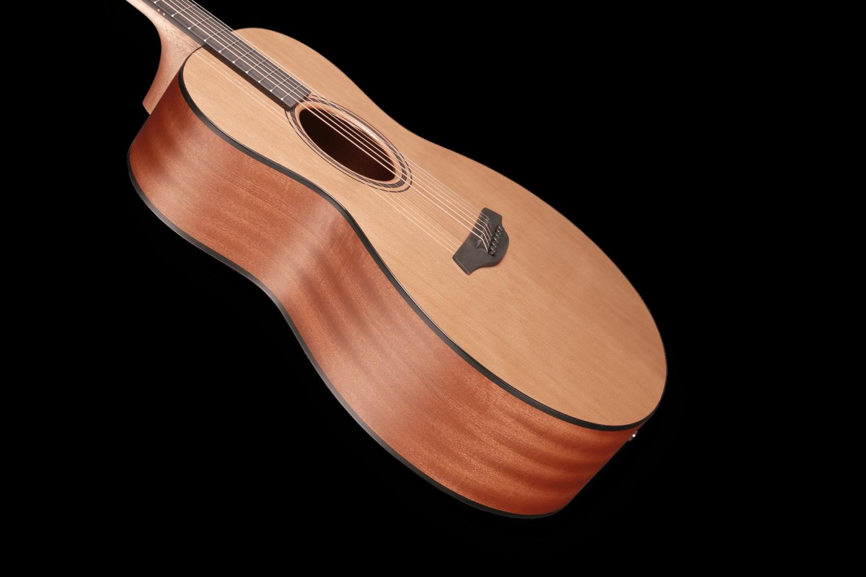 Indigo Plus CY Lakování Furch Guitars